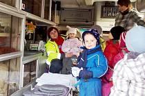 Řevnická záchranná služba Trans Hospital předškolákům ukázala sanitku