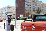 V Berouně mohou řidiči platit za parkování prostřednictvím platební karty a mobilního telefonu.