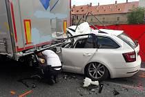 Nehoda na dálnici D5 si vyžádala lidský život.