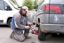 Výměna zimních pneumatik začala i na Berounsku