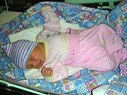 AMÁLIE Klimentová se narodila 9. března 2018 v hořovické porodnici, vážila 3,49 kg a měřila 49 cm. Šťastní rodiče, manželé Olga a Jiří si Amálku odvezli domů do Dobříše.