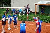 Volejbal - KP II. třídy: Hořovice - Beroun 3:1 a 1:3