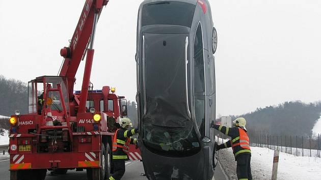 Berounští hasiči už zasahovali u 71 nehod