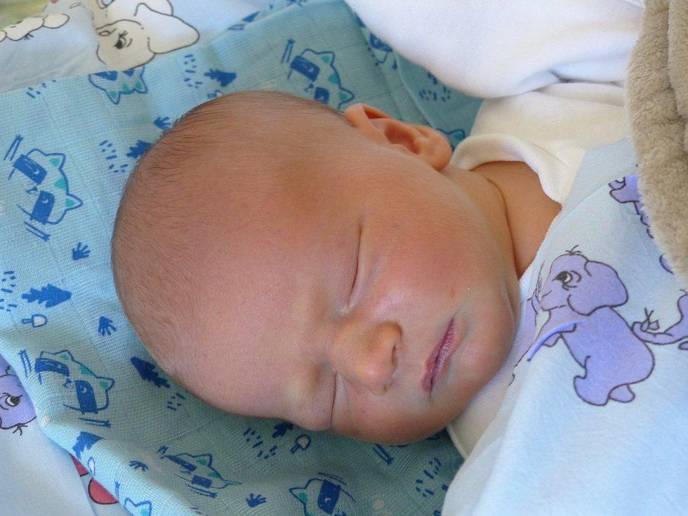 Kryštof Hojda se narodil 8. května 2021 v kolínské porodnici, vážil 3465 g a měřil 48 cm. V Červených Pečkách bude vyrůstat s maminkou Lucií a tatínkem  Davidem.