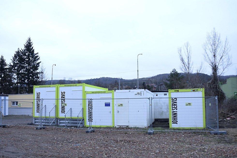 Karanténní zařízení pro lidi bez domova.