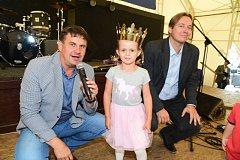 Na zámku v Králově Dvoře si vítězové soutěže Princ a princezna Berounského deníku převzali ceny.