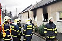 V Berouně v pondělí 11. ledna 2016 ráno hasiči vyjížděli k požáru rodinného domu v ulici Roháče z Dubé. Uvnitř našli mrtvou ženu.