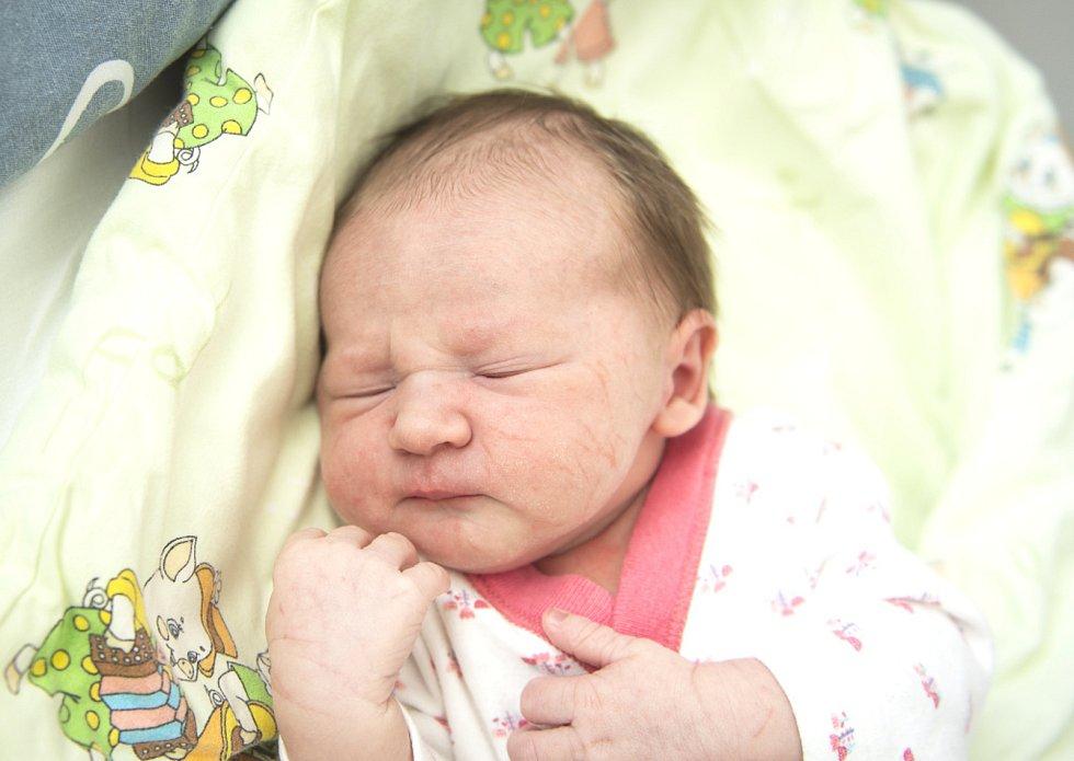 Ella Sochová z Lysé nad Labem se narodila v nymburské porodnici 28. května 2021 v 19.48 hodin s váhou 3320 g a mírou 46 cm. Z holčičky se radují maminka Lenka, tatínek Pavel a bráškové Adam (4 roky) a Daniel (11 let).