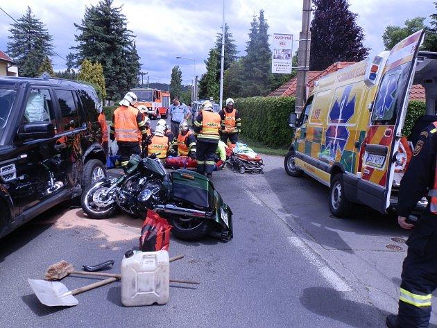 VDobřichovicích kdopravní nehodě terénního vozu a motocyklu