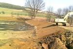 Oprava Čertova rybníka u Suchomast