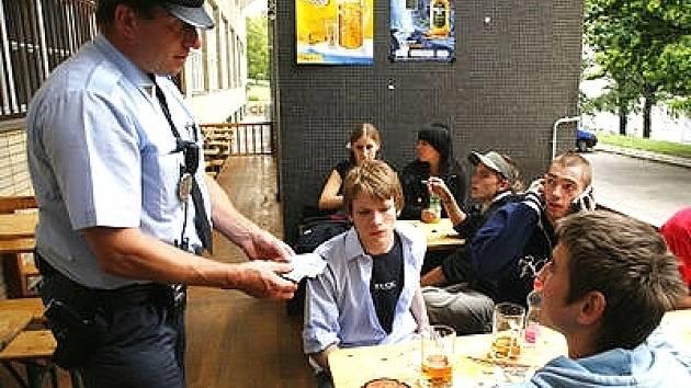Policie dělá průběžné kontroly v restauračních zařízeních po celé republice.
