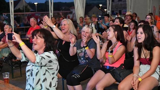 První akcí letošního kulturního léta na králodvorském zámku byl v sobotu 19.června Country festival.