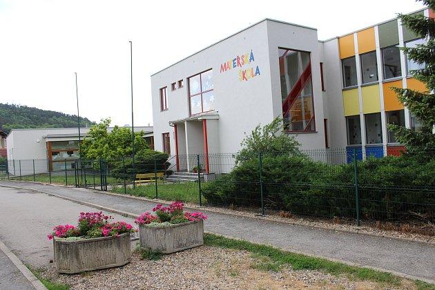 Mateřská škola ve Zdicích má nyní šest tříd s celkovou kapacitou 168 dětí.