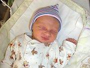 DO BEROUNA přibyl v pátek 10. března 2017 nový občánek a jmenuje se Dominik Uher. Chlapeček vážil po příchodu na svět 2,94 kg a měřil 47 cm. Dominik je prvorozeným synem manželů Michaely a Davida.