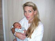 MAMINKA Jana Merhautová z Hudlic chová v náručí syna Václava Zítka, který se jí narodil 10. srpna 2017. Vašíkovy porodní míry byly 54 cm a 3,76 kg. Z chlapečka se radují tatínek Richard Zítek a bráška Vojtíšek (4 r. 10 m.).