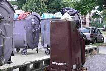 Převrácená popelnice na bioodpad potrápila řadu berounských občanů.
