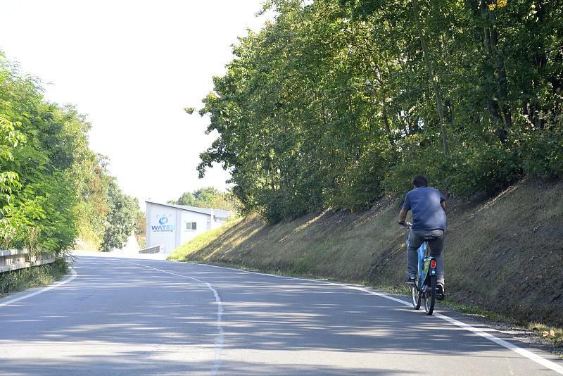 Silnice Na Ratince, která vede z Berouna na Tetín, bude v době Svatoludmilské poutě uzavřená.