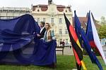 Slavnostní odhalení Skulptury LOVE HATE v Berouně.