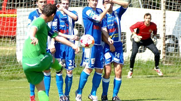 Cábelíci vyhráli v Karlových Varech 2:0.
