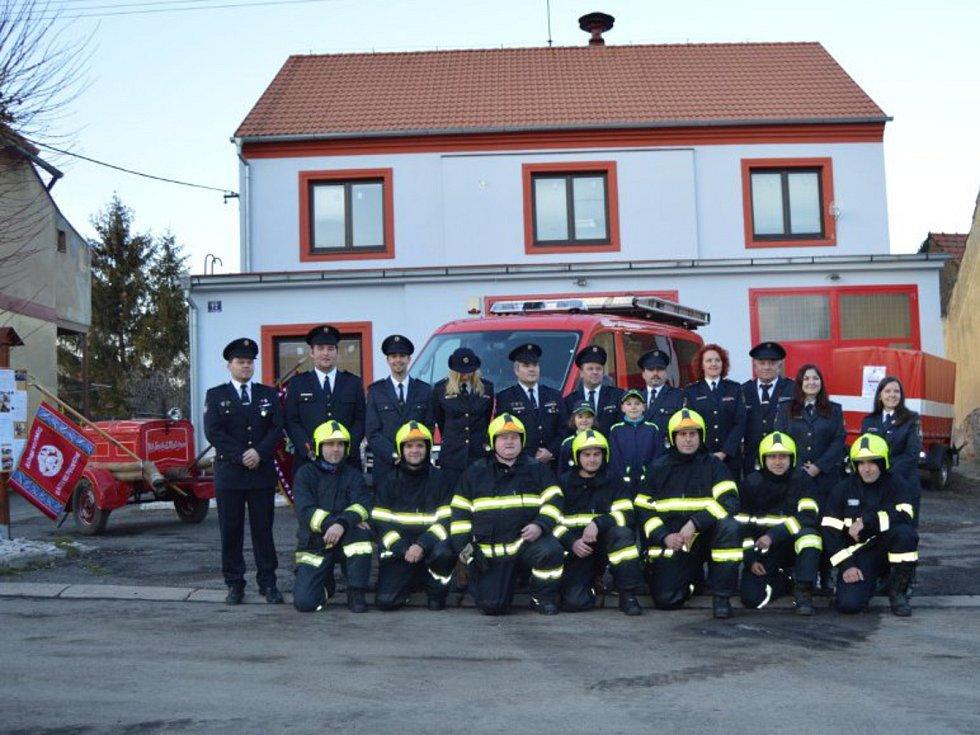 Z činnosti dobrovolných hasičů v Litni.