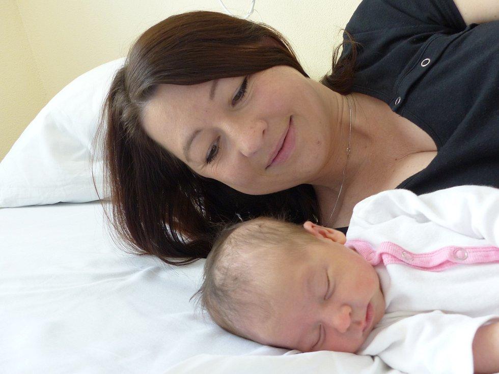 Rozálie Kochová se narodila 7. května 2021 v kolínské porodnici, vážila 2980 g a měřila 49 cm. Do Zbraslavic odjela s bráškou Eliášem (2.5) a rodiči Anetou a Michalem.