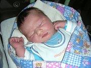 S PĚKNOU váhou 3,98 kg a mírou 52 cm se 23. října 2017 narodil Matouš Šteiner z Otmíče. Manželé Kateřina a Lukáš přivedli svého druhého syna na svět společně. Matouše bude dětským světem provázet bráška Šimon (3 roky 1 měs.).