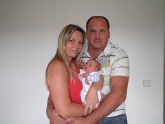 DNE 11. srpna 2016 se v hořovické porodnici U Sluneční brány narodil Vašík Koníček z Mirošova. Měřil 52 cm a vážil 3,67 kg. Doma se na něj těší sestřička Danielka. Šťastnými rodiči jsou Radka a Václav.