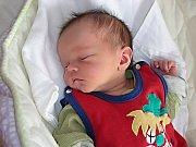 Prvorozeného syna Adama přivítali společně na světě rodiče Hana Pulcová a Martin Bouček z Nesvačil 28. února 2014. Adámkovi sestřičky na porodním sále navážily 3,04 kg a naměřily 48 cm.