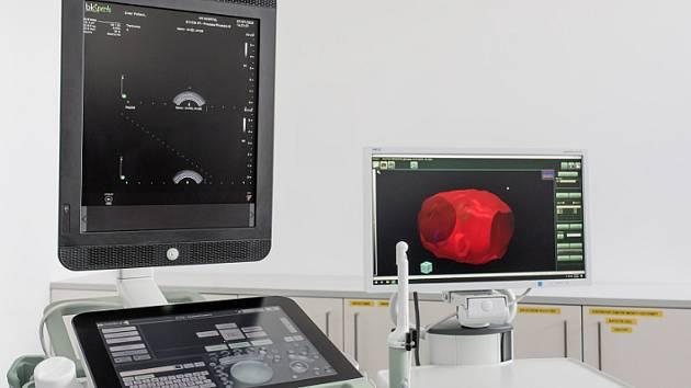 Nový přístroj na cílenou biopsii.