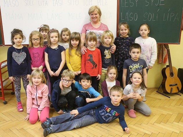 Prvňáčci zKomárova ve školním roce 2019/2020.