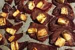 Pečená červená řepa s balkánským sýrem.