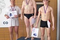 Kategorii mužů vyhrál příbramský Milan Voves. Za ním skončili dva plavci z Hořovic. Stříbrný Petr Bakule a bronzový René Eichenmann.