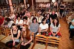 Z koncertu s názvem Sama sobě v Kulturním domě v Tmani.