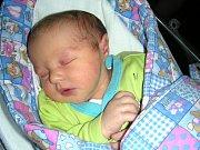 NÁSLEDOVNÍK markrabství berounského, Jonatán Kožúrik, se narodil 14. prosince 2017. Jonatán přišel na svět s váhou 3,83 kg a mírou 50 cm. Manželé Riana a Tomáš připravili pro prvorozeného syna postýlku a hračky doma v Berouně.