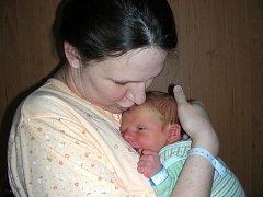 V úterý 6. března 34 minut po půlnoci se stali rodiči manželé Veronika a Stanislav Ouhrabkovi z Černošic. V tento pro ně šťastný den se jim narodil syn, kterého pojmenovali Dominik. Dominik vážil po porodu 3,73 kg a měřil 54 cm.