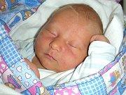 MANŽELŮM Veronice a Janovi Hegnerovým z Drahelčic, se 30. června 2017 narodilo druhé dítko, syn Šimon. Chlapečkovy porodní míry byly 48 cm a 3,45 cm. Šimonka bude dětským světem provázet sestřička Esterka (3).