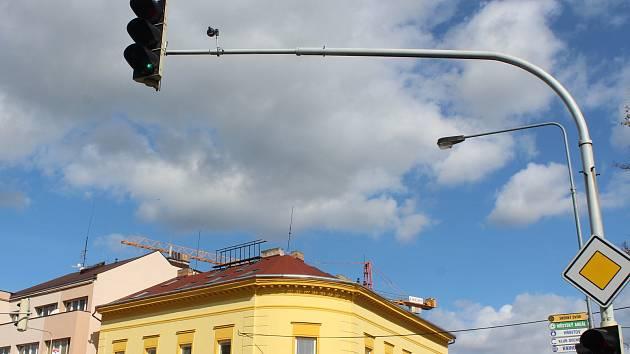 Semafory na křižovatce na Wagnerově náměstí už mají moderní technologii.