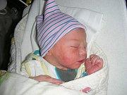 ELIÁŠ, syn manželů Peškových, se narodil 10. prosince 2017 v Hořovicích. Eliáškova porodní váha byla 3,42 kg.