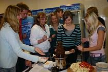 Berounští gymnazisté získali větší jídelnu