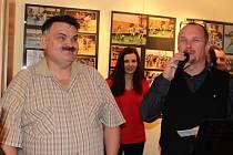 V městské galerii Holandský dům v Berouně v pondělí začala výstava fotografií Pavla Palusky nazvaná Sport ve fotografii.