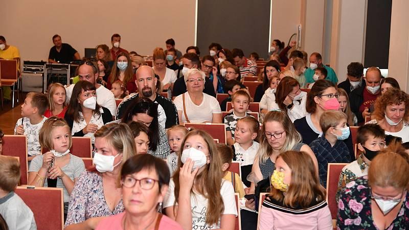 Z vystoupení divadla S+H na berounské Plzeňce v neděli 26. září 2021.