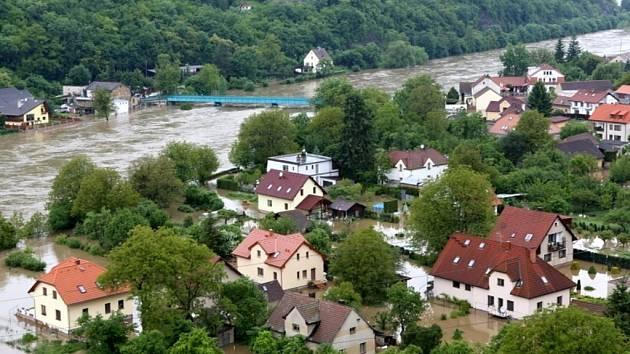 Povodně na Berounce, pondělí 3. června 2013 podvečer.