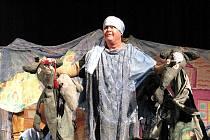 Karlovarské hudební divadlo pohádkovou formou učí děti ekologickému chování.