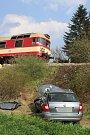Smrtelná nehoda u Lochovic si vyžádala smrt řidiče osobního automobilu.