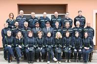 Dobrovolní hasiči ze Svinař po soutěži v požárním sportu.