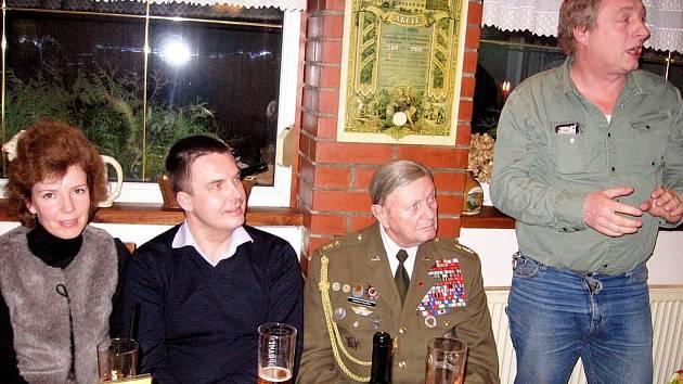 Váleční veteráni navštívili Zdice