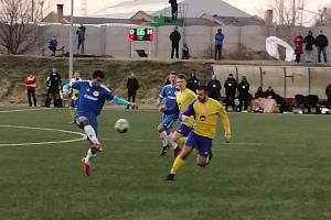 Fotbalová divize, skupina A: SK Senco Doubravka - FK Hořovicko 2:1 (2:1).