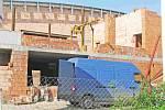 Majitel Formatechu tvrdí, že halu do konce srpna dokončí