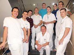 Zdravotníci z Hořovic se opět přidali k kampani Movember