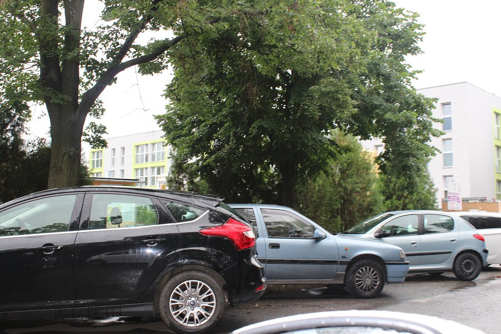 Výstavbu velkokapacitního parkoviště v lokalitě Na Podole město Beroun plánuje v příštím roce.V centru města je už několik parkovišť